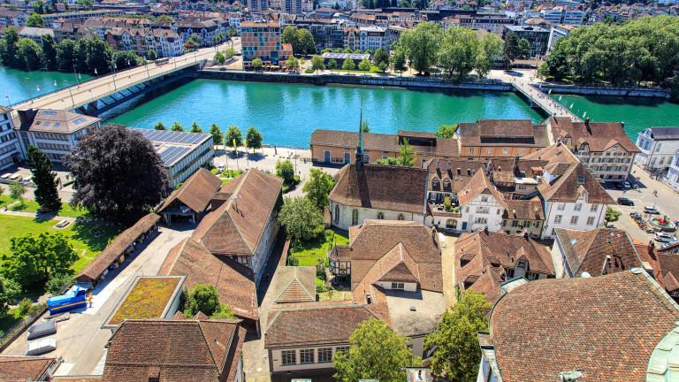 Швейцарският град, вманиачен по числото 11