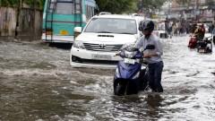 Над 200 загинали при наводнения в Индия
