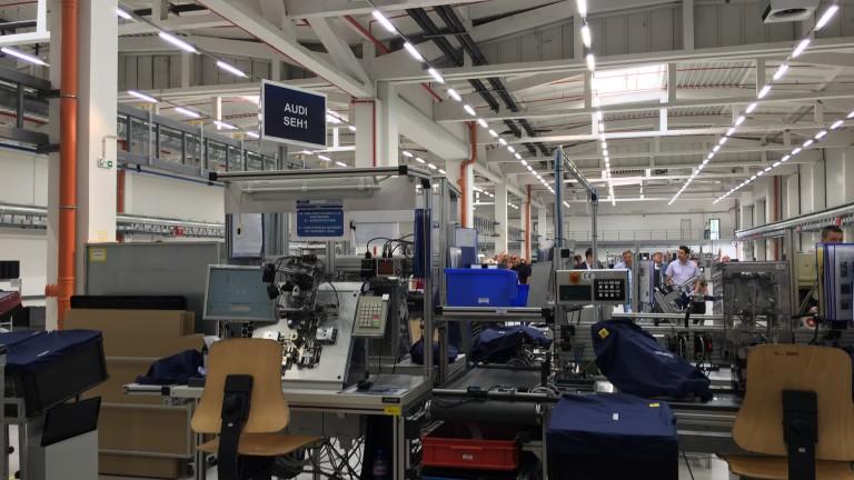 НСИ: Слаб февруари за промишлеността, спада онлайн търговията