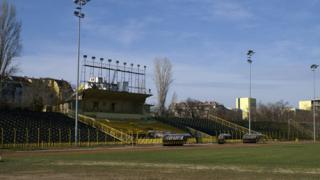 "Спряха ремонтите на стадион ""Христо Ботев"""