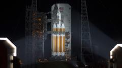 """НАСА отложи с 24 часа изстрелването на космическия кораб """"Орион"""""""