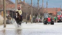 Нивата на реките ще продължават да се покачват през следващите денонощия