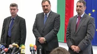 """Няма да крием нищо за """"свинския грип"""", обеща здравният министър"""