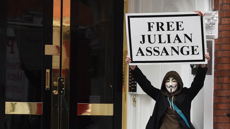 WikiLeaks обяви: Асандж е шпиониран в посолството на Еквадор