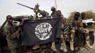 """Нигерийските ВВС ликвидираха висши членове на """"Боко Харам"""", смъртоносно раниха главатаря"""