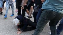 Националисти пребиха кмета на Солун