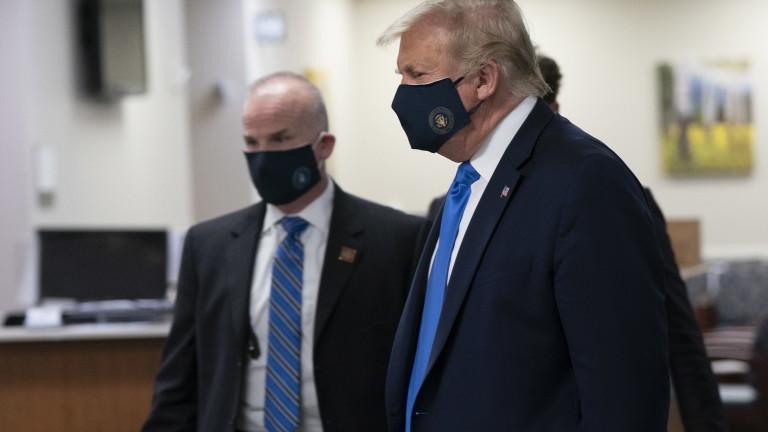Президентът на САЩ Тръмп носеше маска по време на посещението