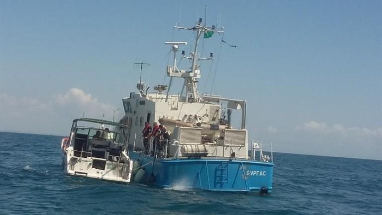 Спасиха бедстващи на яхта в Черно море румънци