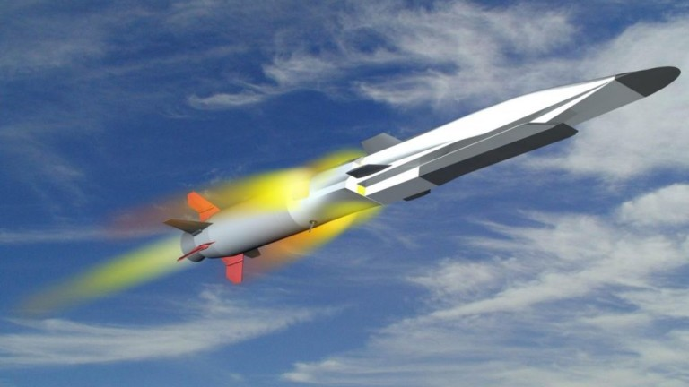 """Руските ракети """"Циркон"""" можели да достигнат командните центрове на САЩ за 5 минути"""