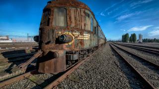 Най-луксозният влак гние изоставен в Белгия (СНИМКИ)