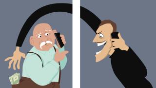 Разкриха телефонен измамник, излъгал дядо с близо 20 хил. лв. в Севлиево