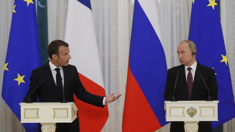 Франция е много притеснена от насилието в Беларус, обяви Макрон пред Путин