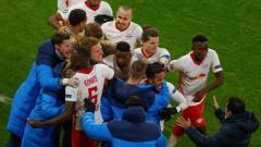 """Дузпа и късен гол не стигнаха на Юнайтед срещу мощен РБ (Лайпциг), """"червените дяволи"""" са аут от Шампионската лига"""
