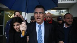 """Съперник на Нетаняху скъса с """"Ликуд"""", за да се бори срещу премиера"""