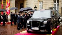 Емблематичните лондонски таксита скоро ще се появят и в други столици
