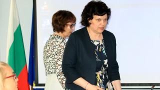 Към момента не се предвижда удължаване на учебната година според Таня Михайлова