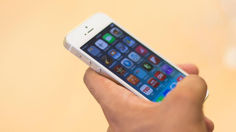 """Apple """"прибира"""" рекордните 103,6% от общата печалба на пазара на смартфони"""