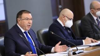 Костадин Ангелов: Нямаме нужда от учтивост, а от ваксини