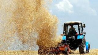 Тръгват парите за земеделците