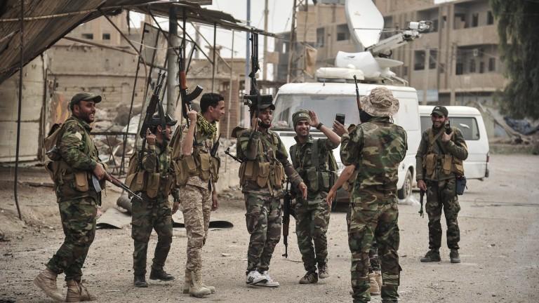 Оглавявяната от САЩ коалиция отрича да е евакуирала главатари на ДАЕШ в Сирия