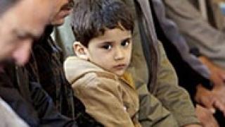 Сунити отвлякоха 18 държавни служители в Ирак