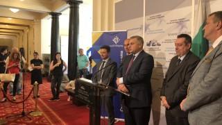 "Курумбашев ""сваля шапка"" на Новаков за разгрома над Макрон"