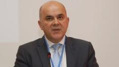 Бисер Петков не е сигурен с колко точно ще се увеличат пенсиите