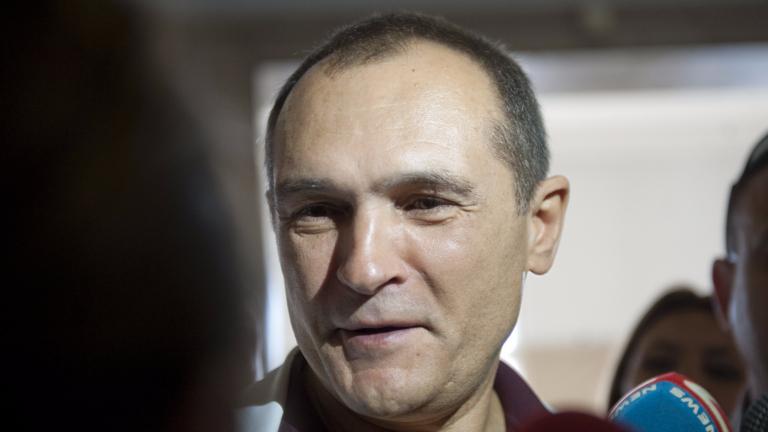 Появи се видео от срещата на Васил Божков с фенове на Левски
