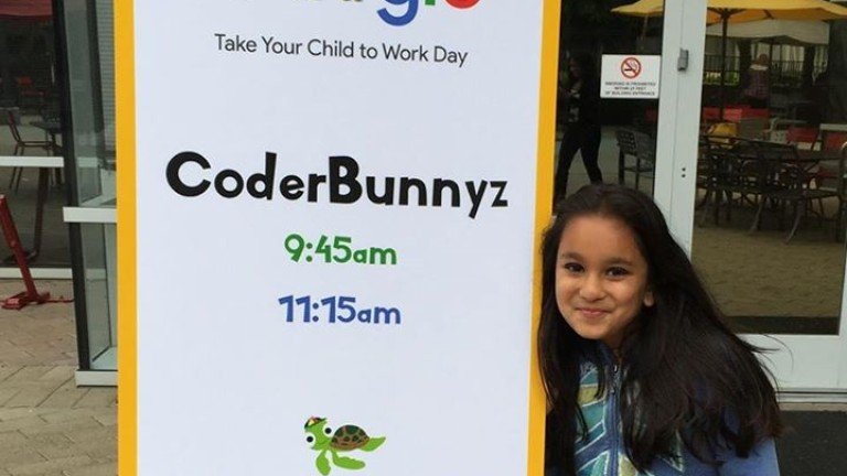 Снимка: 10-годишната програмистка, за която се борят Google и Microsoft