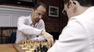 Веселин Топалов победи Гари Каспаров в Сейнт Луис
