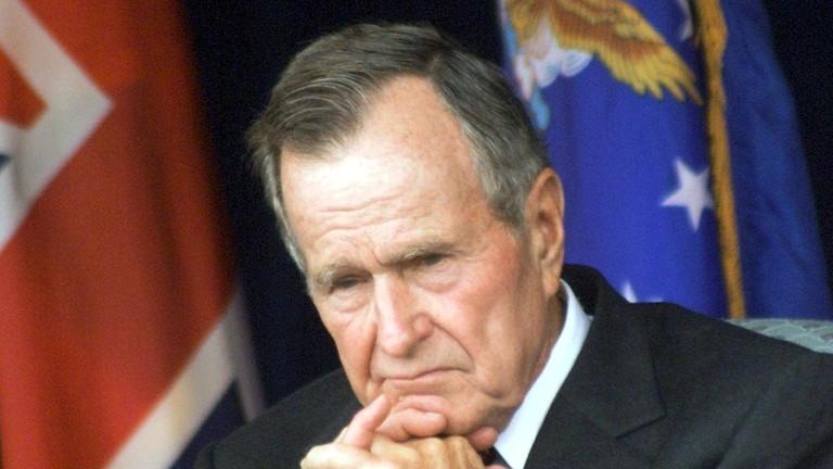 Почина Джордж Буш - старши