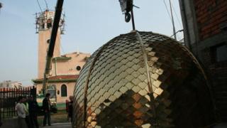 """Църквата в """"Столипиново"""" с позлатен купол"""