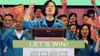 """Китай предупреди Тайван със """"сериозна катастрофа"""" след коментар за независимост"""
