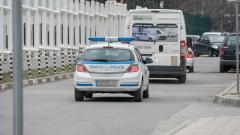 Жандармеристи охраняват бюлетините по родните пътища