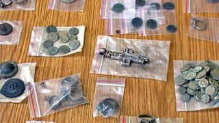 600 антични предмета иззеха в Павликени