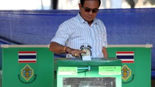 Опозицията в Тайланд печели изборите, но недостатъчно за правителство