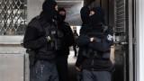 В Германия обискират домове и офиси на свързани с джихадиста от Виена