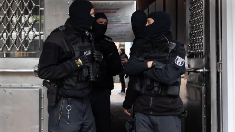 Крайнодесни обвинени в тероризъм и опит за предизвикване на гражданска война в Германия