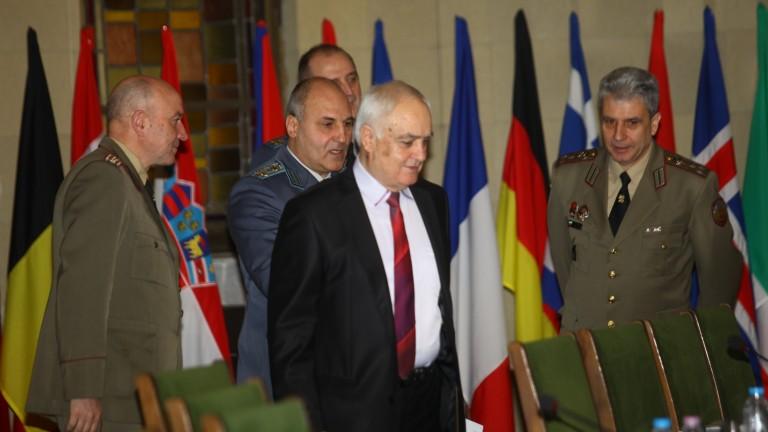Очаква се през месец май да започнат преговорите за Ф-16