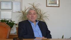 """Сашо Чакмаков инициирал ремонтните дейности на """"Армията"""""""