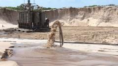 Сингапур се нуждае от пясък, за да увеличи територията си, но съседките му отказват да продават