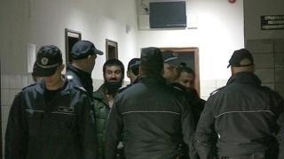Ахмед Муса Ахмед и сподвижниците му демонстрират неуважение към съда