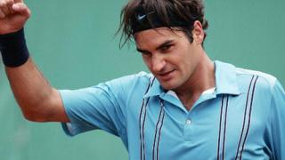 """Роджър Федерер продължава напред на """"Ролан Гарос"""""""