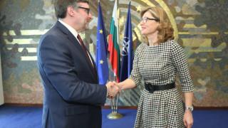 Захариева иска в Западните Балкани да усетят какво Европа прави за тях