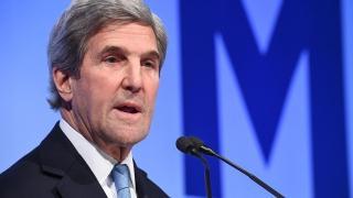 Джон Кери обвини Тръмп в липса на здрав разум заради решението му за Иран