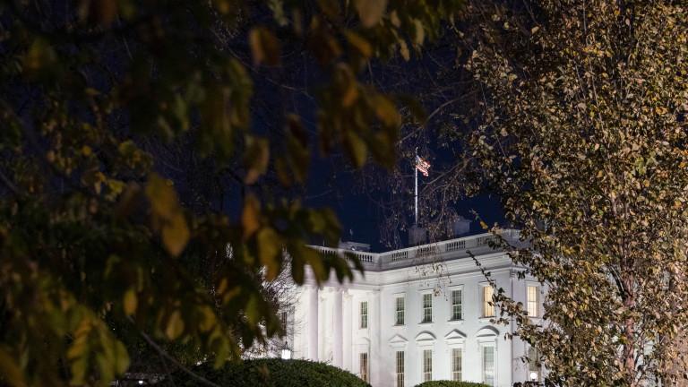 Има ли някаква възможност Доналд Тръмп да остане в Белия дом?