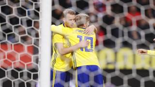 Швеция и Южна Корея в опит да се възползват от грешката на световния шампион