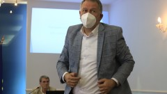 Кацаров подготвя план за следваща COVID вълна