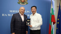 Министър Кралев се срещна с ръководителите на спорта в китайската провинция Хубей