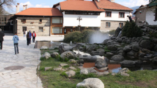 ЧЕЗ инвестира 530 000 лв. в Банско и Боровец